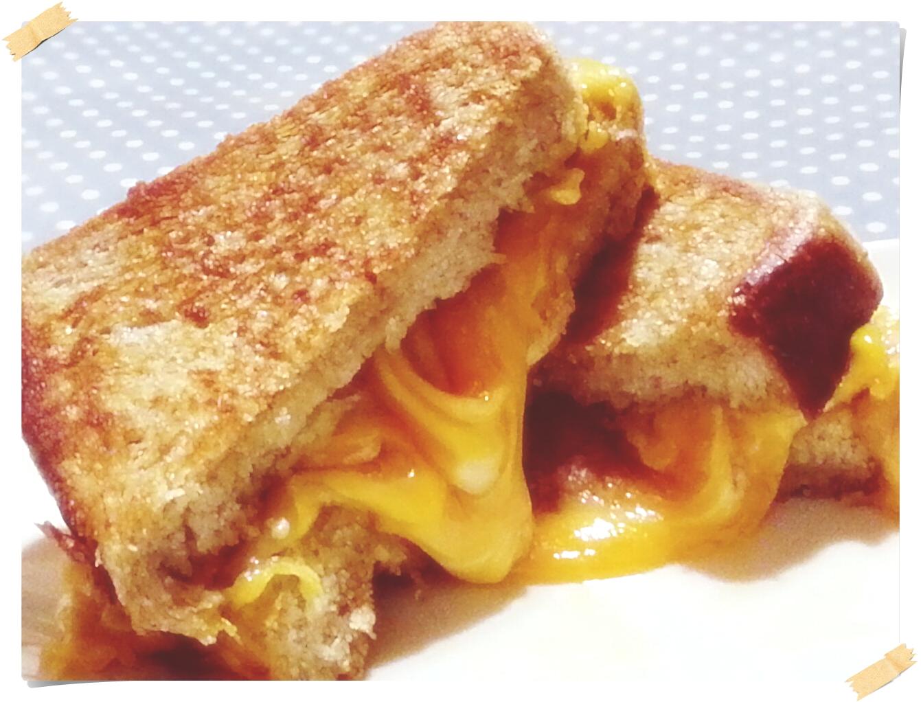 五星級主廚快餐車的慢烤起司三明治