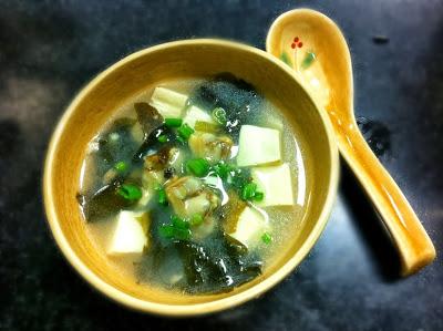 昆布蜆肉豆腐湯