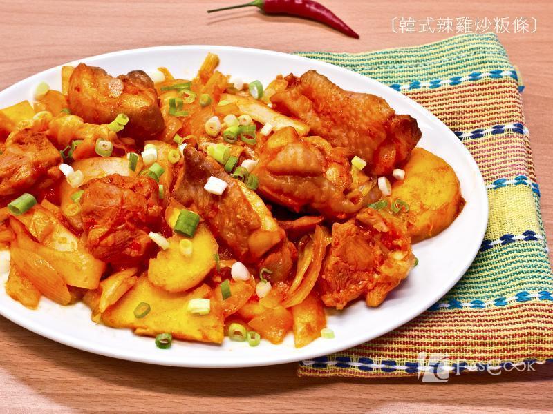 韓式辣雞炒粄條(菲姐獨家版)