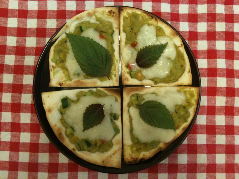 紫蘇蔬果酪梨披薩(5分鐘)