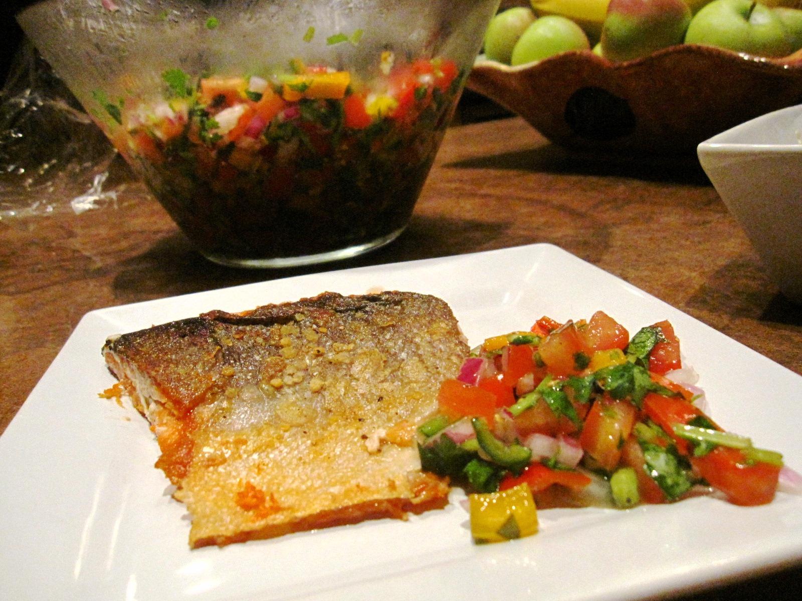 煎鮭魚 (酥脆魚皮)