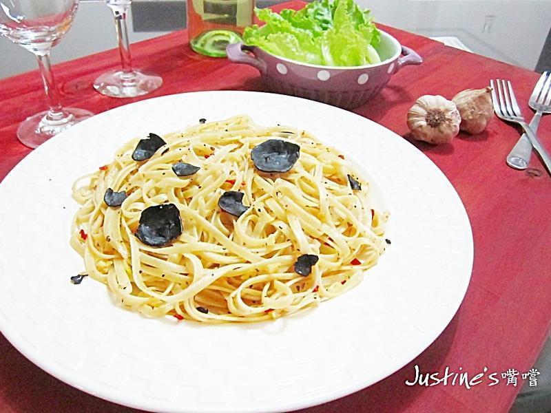 黑白蒜義大利直麵