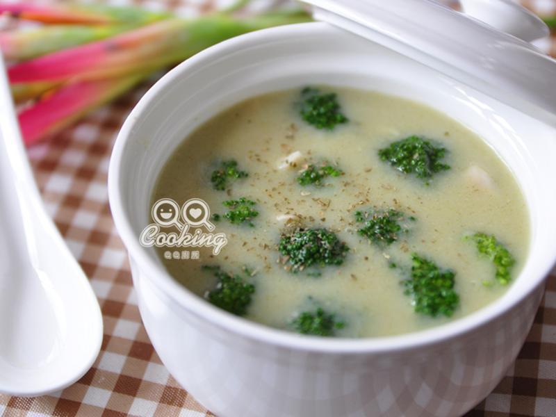 菱角花椰濃湯【勤億幸福雞高湯快易煮料理】
