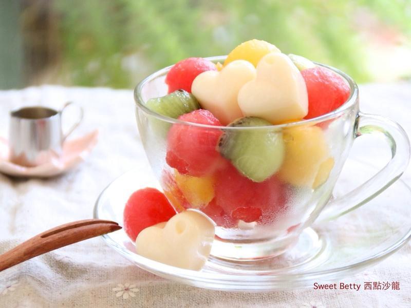 綜合水果豆漿凍杯