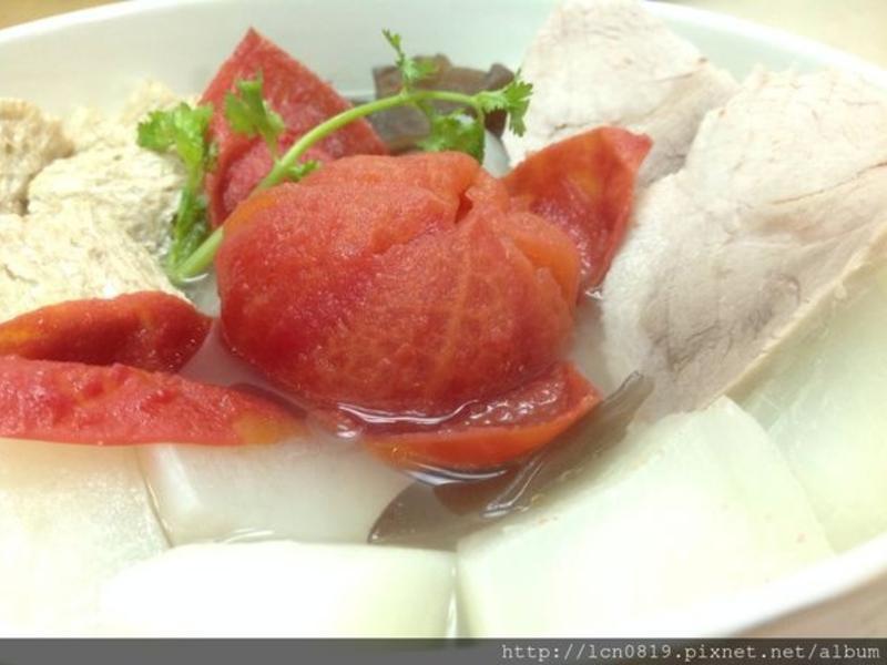 麥麩蘿蔔番茄湯