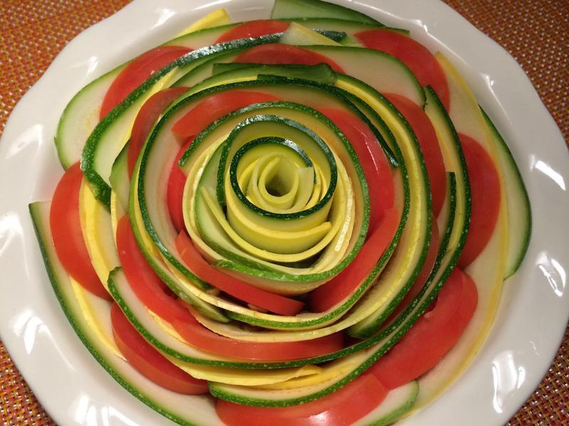 玫瑰花型普羅旺斯烤蔬菜