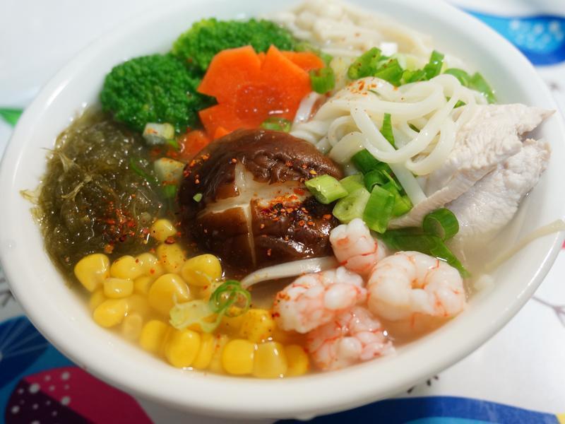 雞高湯蔬菜麵