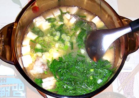 暖身湯品~ 味噌豆腐鮮魚湯