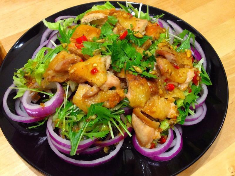泰式椒麻雞沙拉