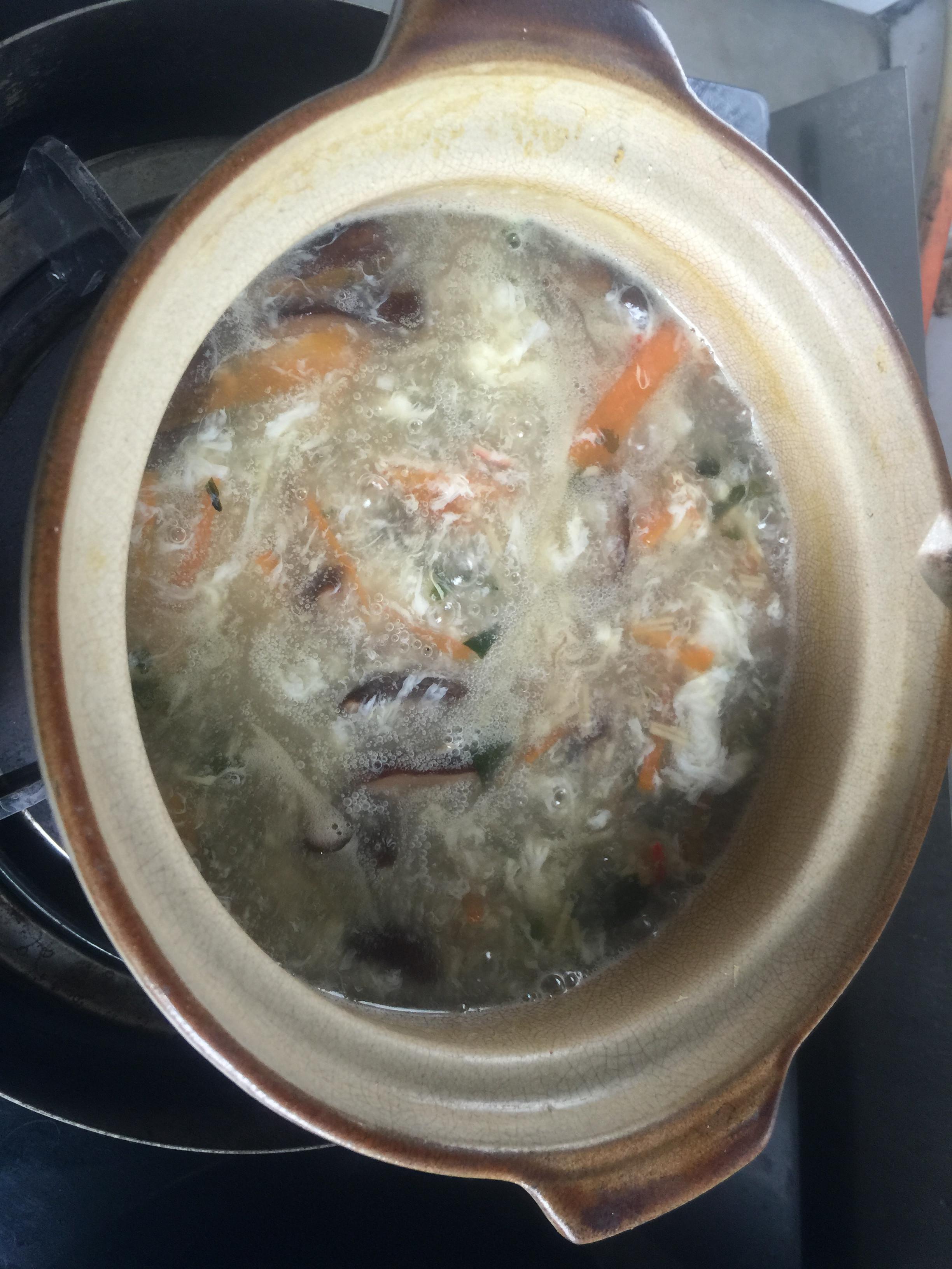 康寶海鮮濃湯【曾太】