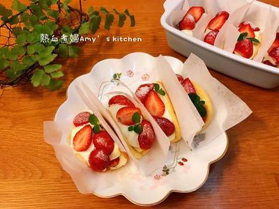 不用排隊⋯在家輕鬆自在完成的韓國話題甜點「草莓蛋糕捲」,吃了感覺好幸福⋯想轉圈圈了💕